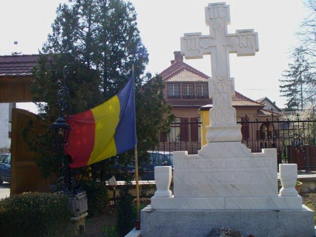 biserica din groapa (4)