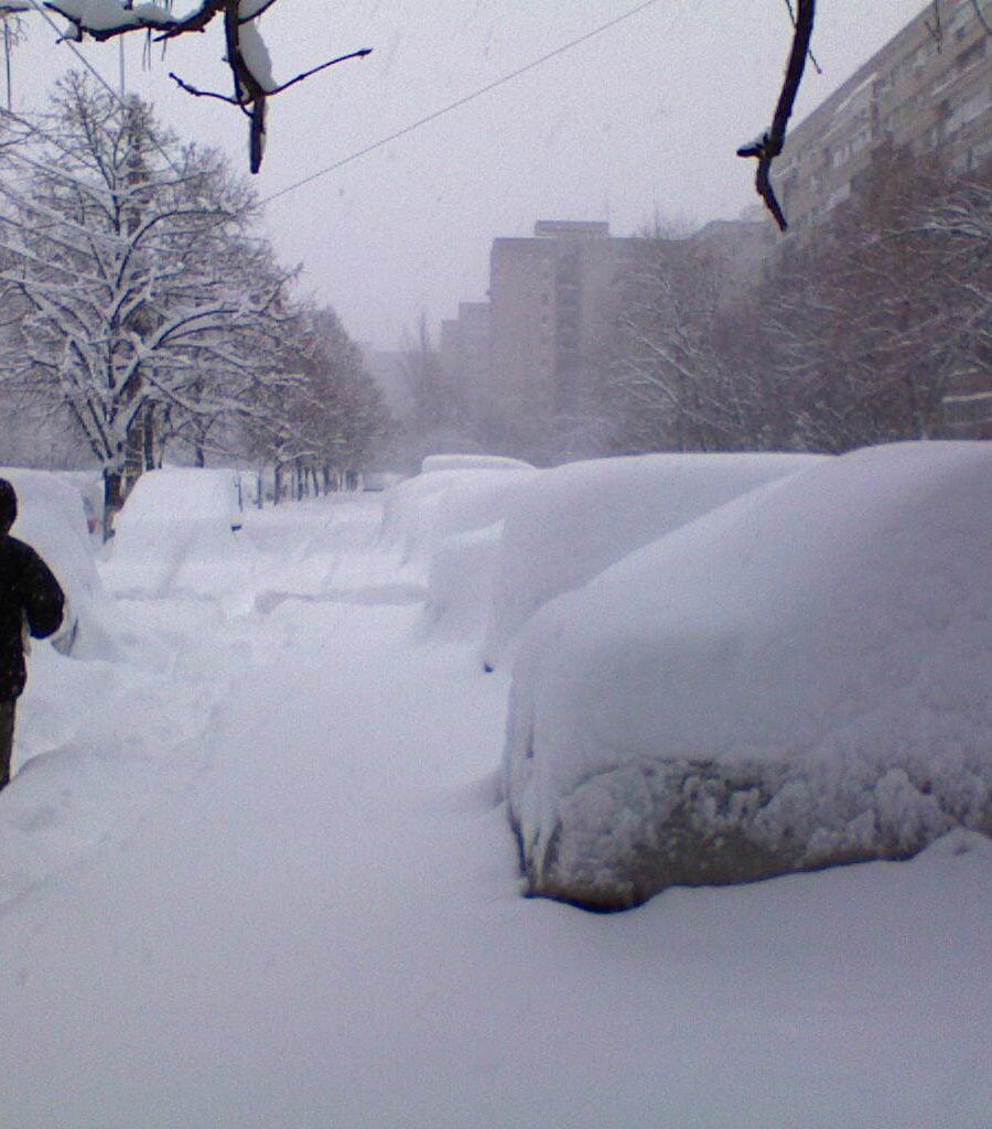 Sibiul sub cod galben de ninsori si vant