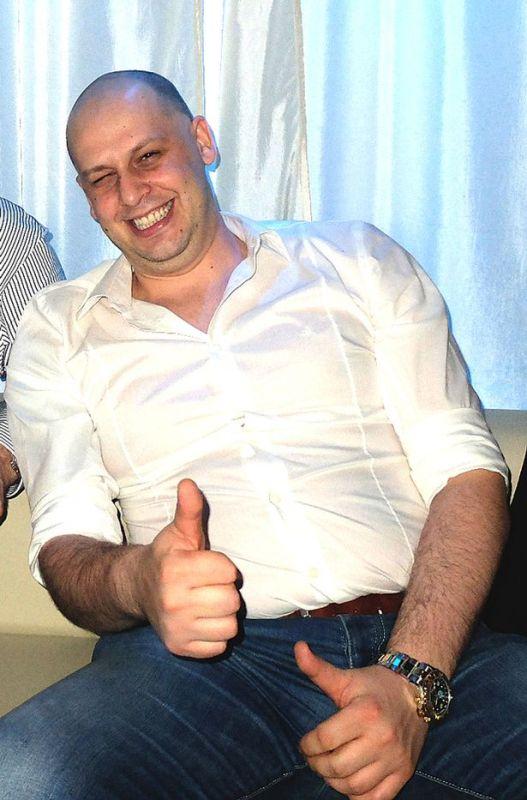Adrian-Meder-3174627