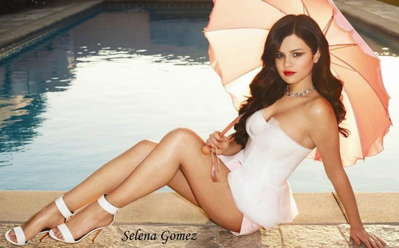 Selena Gomez2