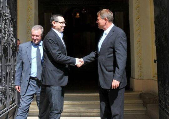 Johannis: Ponta a mintit, iar lui Adrian Nastase aerul filtrat printre gratii i-a daunat memoriei