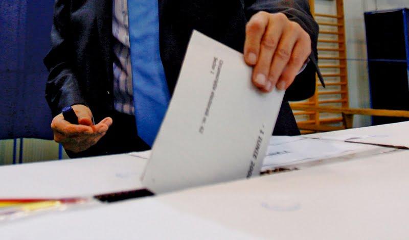 Mii de sibieni in pericol sa nu poata vota la alegerile locale