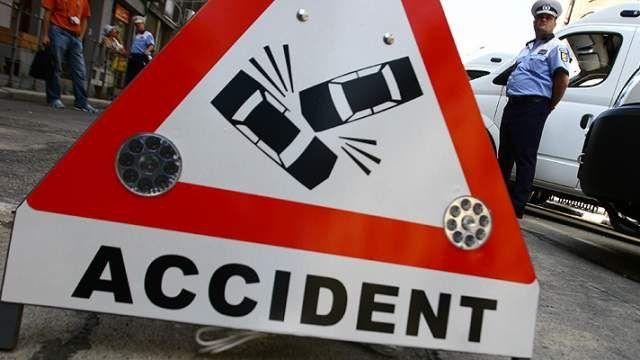 ACCIDENT GRAV pe DN 1 la Hula Bradului! Doua persoane au murit!1