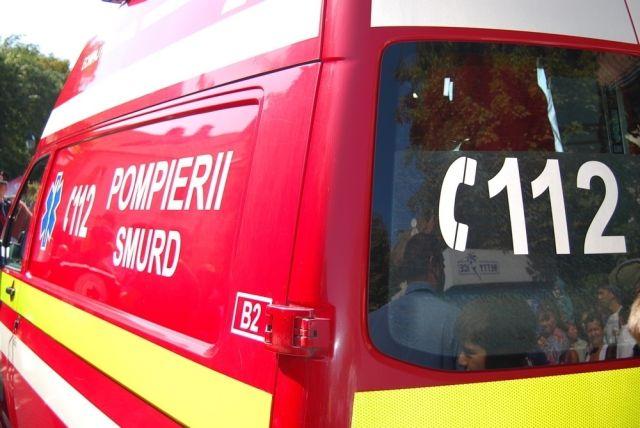 ACCIDENT MORTAL pe DN1 Soferul unei masini a murit pe loc dupa a lovit o AMBULANTA!2