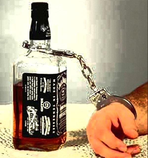 Alcoolul ucide un om la fiecare zece secunde