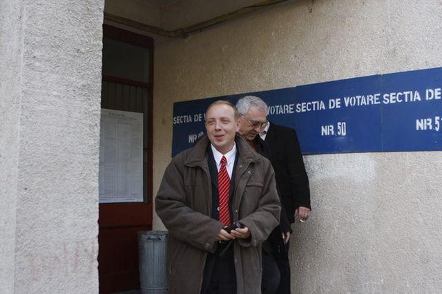 Incepe JUDECATA in cazul subprefectului Sibiului, Florin Orlatan!2