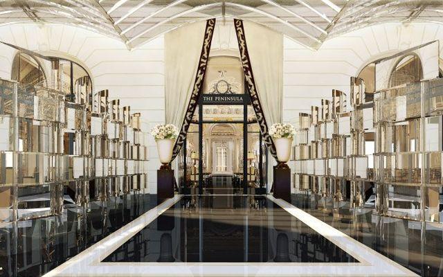 Nici Turnul Eiffel nu mai e ce-a fost! Hotelul Peninsula este gata de deschidere in AUGUST!