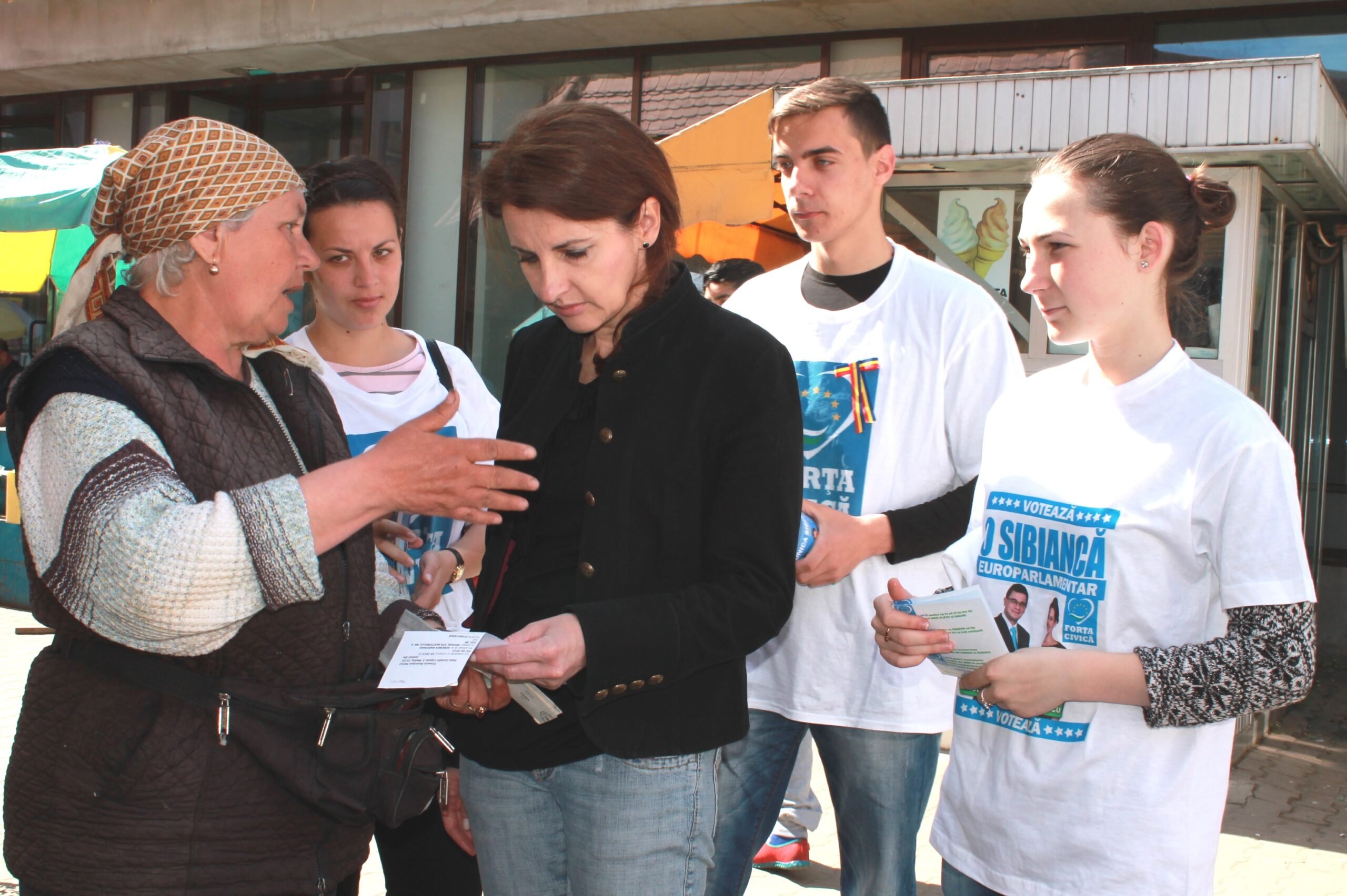 """Diana Pavelescu: """"Le multumesc sibienilor. Dupa votul lor, sunt in Parlamentul European"""""""