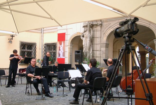 Concertul de la Muzeul Brukenthal se muta la Sala Thalia!