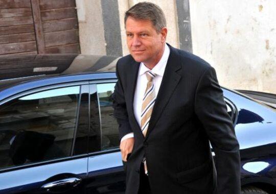 Klaus Johannis si Mihai Razvan Ungureanu conduc in preferintele electoratului de dreapta