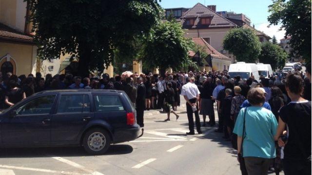 Milionarul Ilie Vonica a fost inmormantat duminica cu slujba speciala!2
