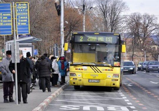 Cat vrea sa plateasca Primaria Sibiu pentru refacerea a 163.000mp de marcaje rutiere