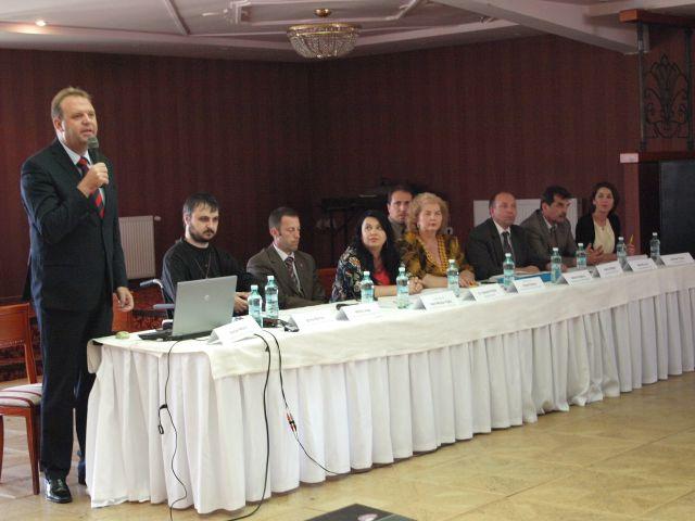 """Universitatea """"Lucian Blaga"""" din Sibiu lanseaza un proiect pentru cresterea accesului la invatamantul superior al persoanelor cu dizabilitati!2"""