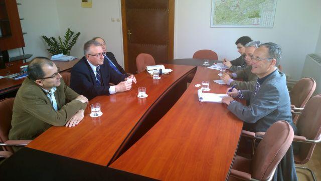 Cooperare intre judetul Sibiu si partenerii francezi din Ill-et-Vilaine in vederea dezvoltarii agriculturii!1