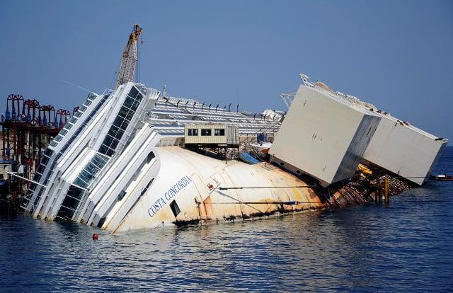 Costa Concordia – A inceput cea mai mare actiune de ranfluare din istorie