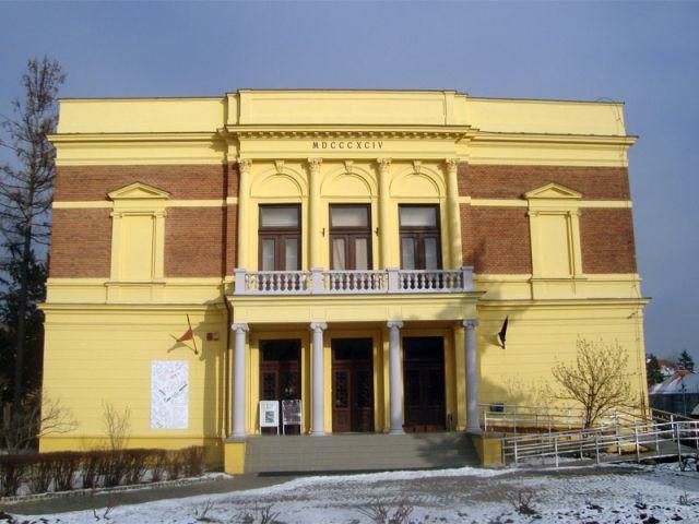 "Expozitia ""Dezvoltarea sustenabila a peisajului: Perspectivele dezvoltarii socio-ecologice in sudul Transilvaniei"" la Sibiu!"