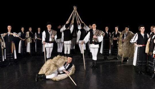 """Formatia de dansuri populare """"Junii Sibiului"""" sarbatoreste 70 de ani de activitate printr-un MEGA-SPECTACOL!"""