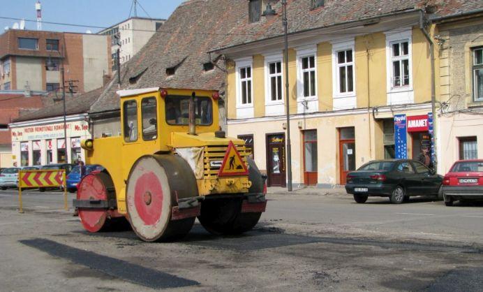 Lucrarile de reabilitare si modernizare din cartierul Vasile Aaron s-au incheiat!2