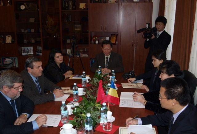 ULBS intareste relatiile cu institutiile de invatamant din China!