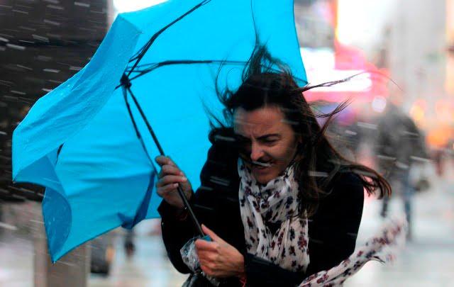 Atentionare de precipitatii si vant puternic in Sibiu si in restul tarii