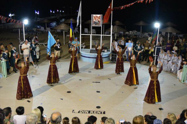 Consiliul Judetean Sibiu si Muzeul ASTRA invita publicul la targ si festival!