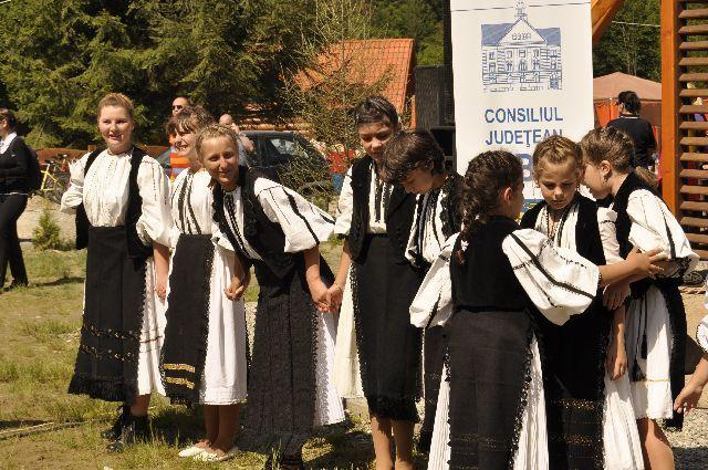 Incel ZILELE CULTURALE ale judetului Sibiu sub sloganul Sibiu judetul care traieste prin cultura2
