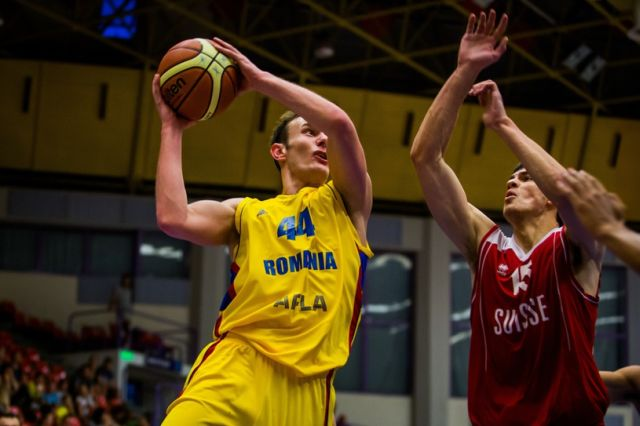 Romania a invins Suedia cu 77-72, in al doilea meci din preliminariile CE din 2015 la baschet masculin!