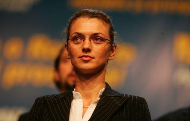 Alina Gorghiu: Ce aveti de ascuns, dle Ponta si de ce va temeti de ancheta unei comisii parlamentare?