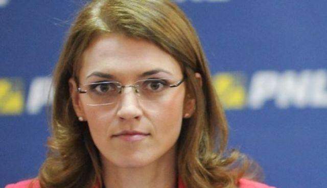 Alina Gorghiu Ce aveti de ascuns, dle Ponta si de ce va temeti de ancheta unei comisii parlamentare2