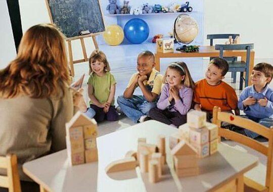 Primaria Sibiu primeste dosare pentru tichetele sociale destinate copiii de gradinita. Vezi care sunt criteriile