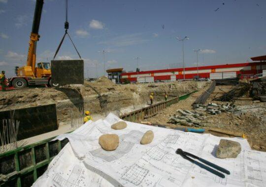 "Finalizarea autostrazii ORASTIE – SIBIU, o mare ""GOGONEA ELECTORALA""!"