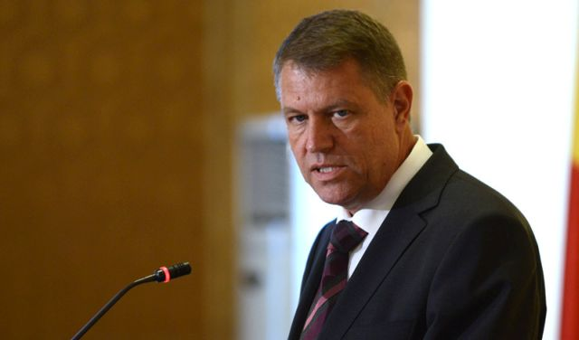 "Klaus Iohannis isi lanseaza candidatura la PREZIDENTIALE: ""Daca ai dezamagit la Palatul Victoria, nu o sa faci nimic nici la Palatul Cotroceni!"""