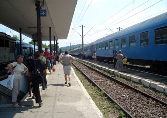 Pericol pe calea ferata din Medias!