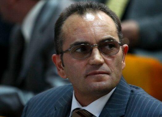"""Senatorul Neagu (ACL) despre Traian Basescu: """"Chiar ma gandeam ce-i mai coace capusorul…?!"""""""