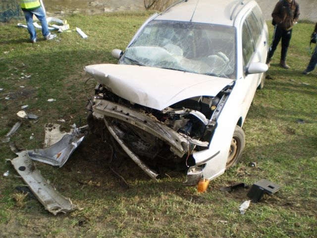 ACCIDENT cu trei masini in Medias! Patru persoane ranite!