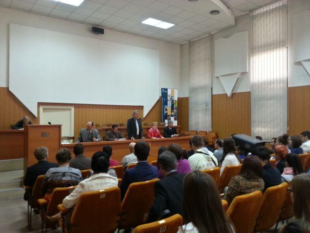 CONCEPT INOVATOR in Sibiu Studentii ULBS invata gratuit sa investeasca la BURSA!2