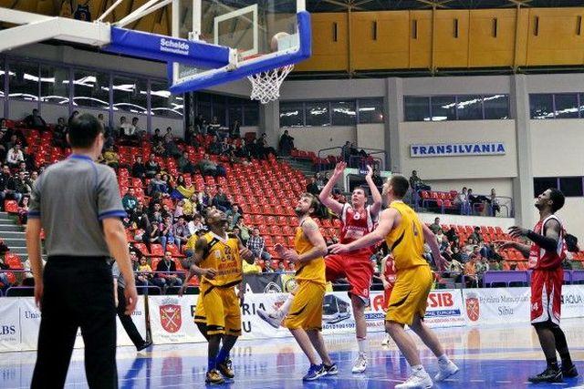 CSU Atlassib Sibiu invinge la limita pe CSM U Oradea!2