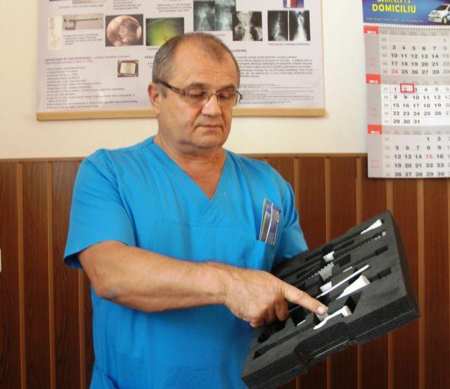 Medicul sibian Dan Sabau recidiveaza. O fetita de 4 ani a intrat pe mana chirurgului