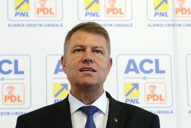 Cine este si ce a facut Klaus Iohannis, candidat la alegerile prezidentiale 2014!2