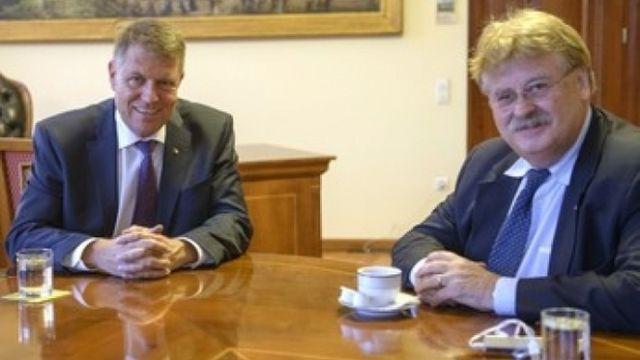 Klaus Iohannis si europarlamentarul Elmar Brok au discutat despre situatia geopolitica prezenta! 2