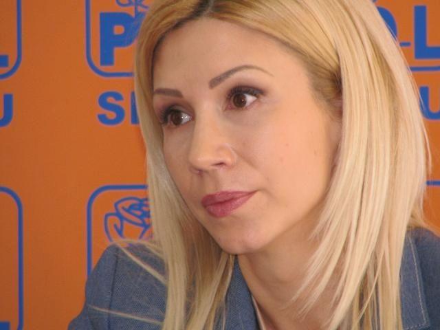 Raluca Turcan: PSD-ul lui Victor Ponta, putred si corupt!