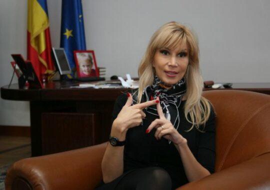 Raluca Turcan: Concursurile pentru ocuparea posturilor de inspector scolar general sunt ilegale