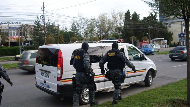 Retea de trafic de droguri, anihilata de DIICOT Sibiu!