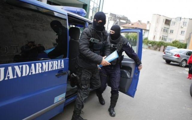 Retea de trafic de droguri, anihilata de DIICOT Sibiu!2