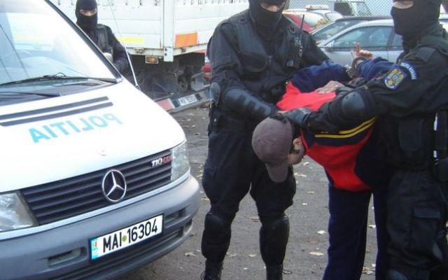 Urmarit international, prins de politistii sibieni!1