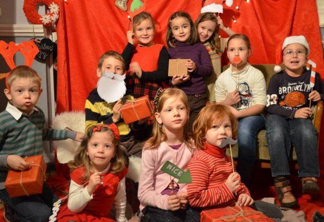 Mos Craciun ii invita pe copiii din Sibiu la JUCARIADA!