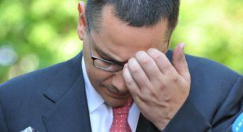 """Romanul care l-a """"turnat"""" pe Victor Ponta la Dubai esibian!"""