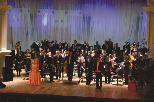 Unde iti petreci ANUL NOU? S-au pus in vanzare biletele pentru Concertul de Anul Nou din Sibiu!