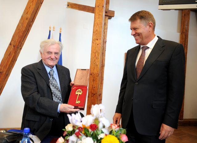 Mesajul lui Klaus Iohannis, in urma decesului domnului Horst Klusch!