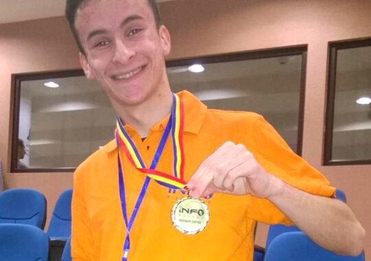 Un student al ULB Sibiu – inventie care transforma o casa obisnuita, in casa viitorului. A primit medalia de aur